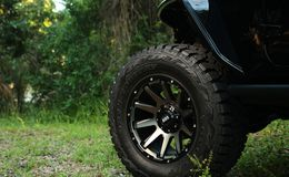 "Диски Grid Off-Road GD5 20"" - Jeep Wrangler. Колёса: Toyo Open Country R/T 37/13.5 R20"